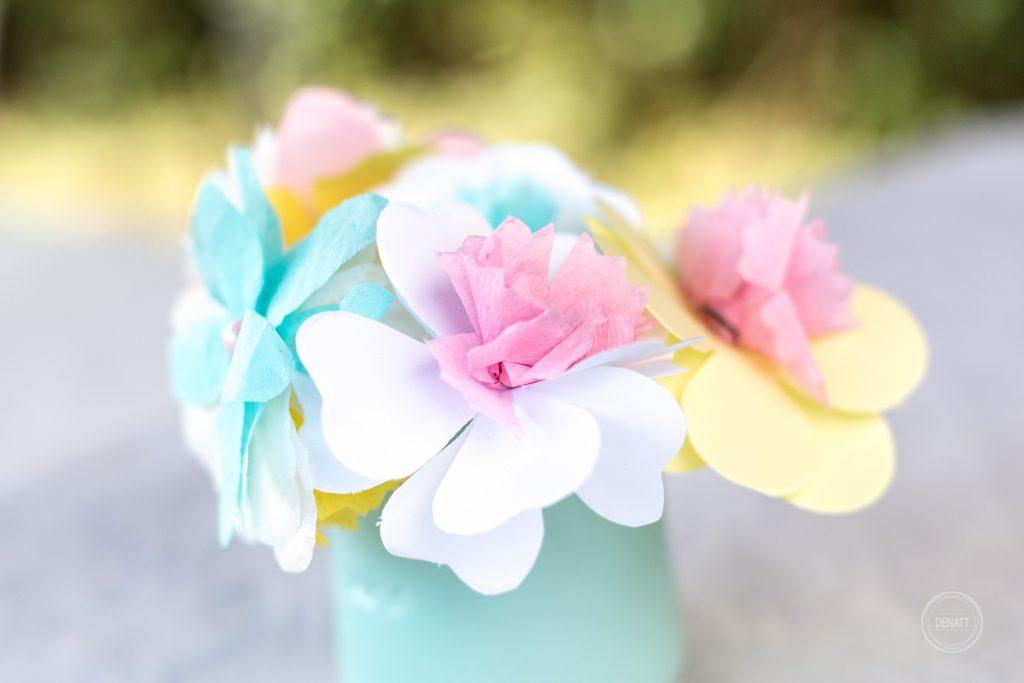 Fleurs pastels cérémonie de baptême