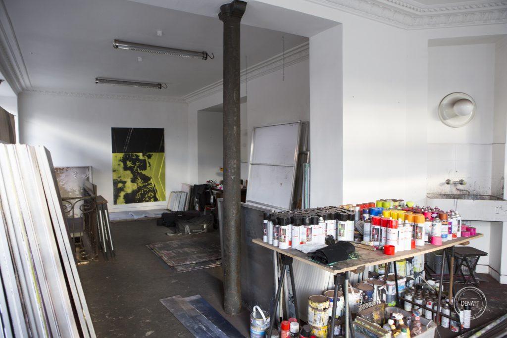 Vue large de l'atelier de l'artiste Sylvain Polony