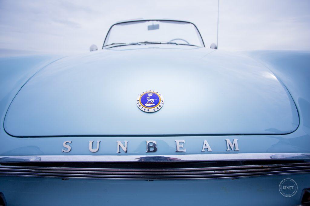 Détail voiture, capot de Sunbeam alpine 1960, Vendée