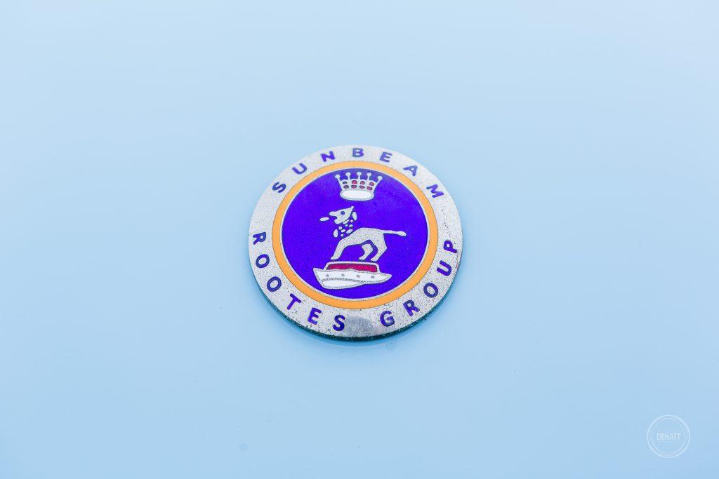 Détail du logo Sunbeam sur capot