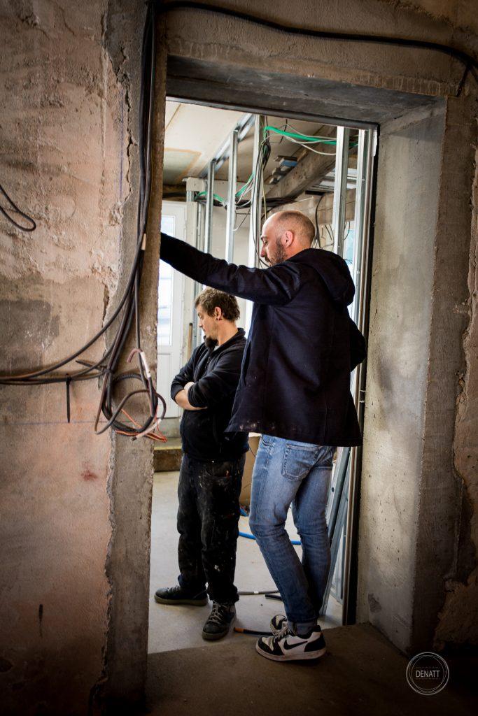 Architecte sur chantier atelier s41 Toulouse, Nathalie Tiennot